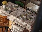 Amplia mesa comedor para 5 personas