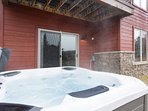 Private Hot Tub Off Downstairs Living Area!