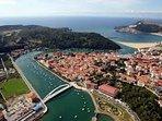 Vista aérea de la bahía y alrededores