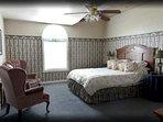 queen room, level 2