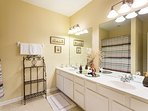 Sink,Furniture,Indoors,Room,Flower Arrangement