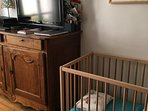 High chair + baby bed + linen for 25 euros