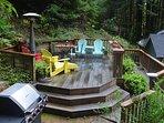 Bula's Bungalow Deck, Monte Rio Vacation Rental