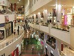 Dizengoff Center - 70 meters from the flat