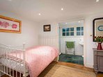 ...with a double bed, TV and ensuite bathroom
