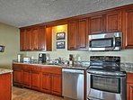 This fully-equipped kitchen has everything you'll need to prepare gourmet-inspired meals.