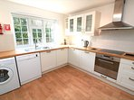 Croyde Holiday Cottages Fuchsia Cottage Kitchen