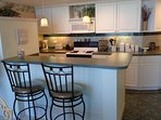 Breakfast Bar and fully equipped Kitchen!