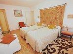comfortable apartment next Saint Mark's, 2 beds, 4pax, aircond, wifi