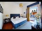 King Bedroom 'La Fuga' with en-suite Bathroom & private terrace (1st Floor)