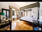 Master Bedroom 'Pareto' with en-suite Bathroom (1st Floor)