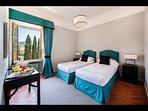Twin Bedroom 'Torcalvano' with en-suite Bathroom (1st Floor)