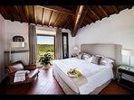 Bedroom 'Il Borgo' with en-suite Bathroom (2nd Floor)