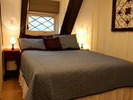 Squirrel- 2nd Floor Queen (14' memory foam mattress), ceiling fan and 32' LED TV