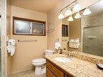 Bathroom 2 with Shower/Bathtub combination - Main level
