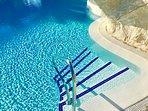 Crispy clear swimming pool
