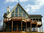 Book 3 nights, get 4th night free!  4BR Chalet-Hot Tub, Billiards, Fire Pit