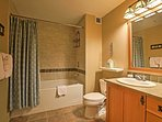 There's plenty of space for 2 to get ready in this spacious bathroom!