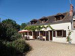 Le Noyer - Loire farmhouse with private pool