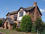 Detached house in tranquil lane, enjoys sunny spot