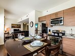 Attractive East Chestnut Street Apartment by Stay Alfred
