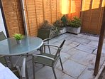 Courtyard garden with BBQ and Parasol