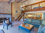 Snowcreek #566 - Living room seating
