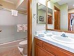 Snowcreek #566 - 1 bathroom shower/tub
