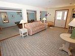 Furniture,Den,Indoors,Room,Floor
