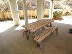 Bench,Chair,Furniture,Column,Pillar