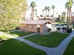 Beautiful 2 BR Paradise in Palm Desert area