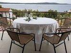 Tonia(4+2): terrace