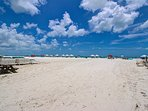 Siesta Key Crescent Beach with cool white sand.