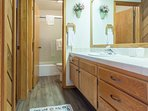 Full Bath between Bedrooms #2 & Bedroom #3