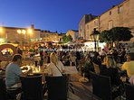 Summer night markets in both the nearby towns of Monsegur and Duras.