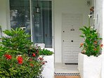 apartment with private entrance!