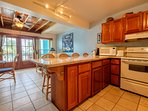 Beautiful fully equipped kitchen! The counter is a great place to work on your laptop!