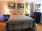 Master bedroom (up)