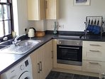 Kitchen - washing machine, fridge, toaster, equipped picnic bag included
