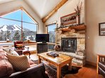 Enjoy slope views for the cozy living room