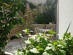 Garden, traditional stone house, house Tea, Pucisca, Brac Island