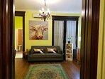 Vintage & Modern HUGE 5 bdrm HOUSE w/ LOFT & Deck