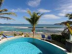 2 Bedroom Beachfront Villa in Anse des Cayes