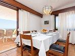 dinning room/ living room