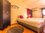 Chambre 3 - étage - lits qualité hôtellerie jumelables en 160