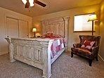 Bedroom #2   Queen Size Beds