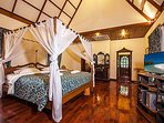 Baan Wat   5 Bed Asian Style Villa with Private Pool in Naklua North Pattaya