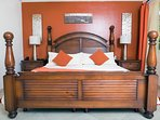 Sapphire-Beach-Bedrooms-8(ac-unit-removed).jpg
