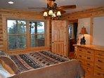 Bedroom,Indoors,Room,Lamp,Home Decor