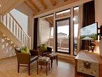 Wohnzimmer Modern Alps mit großen Balkon. Fehrseher und gratis WLAN